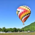ニセコで早朝、熱気球フライト